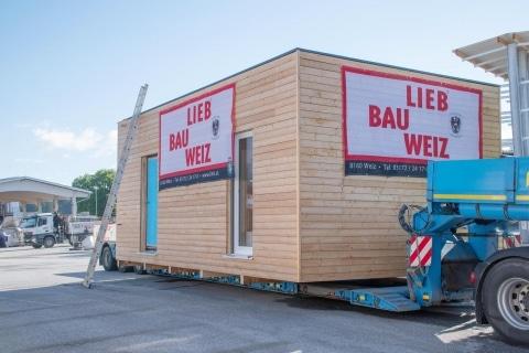 Die Zukunft des Wohnens: LIEB liefert Modulhaus aus