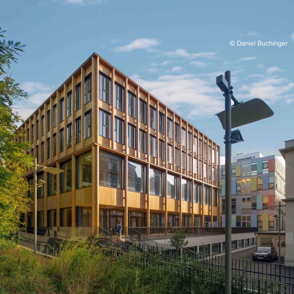 Außenansicht des neuen Holzbau-Gebäudes der BOKU Wien